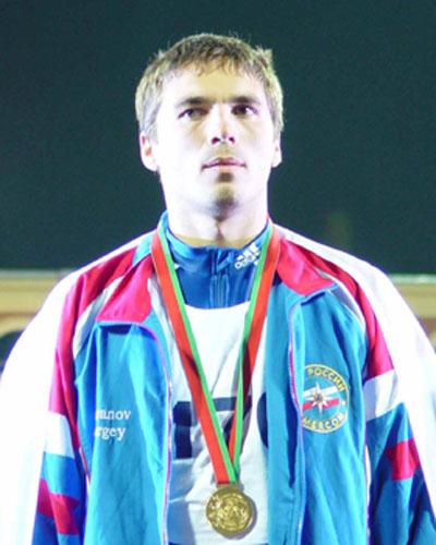 Чемпионом мира среди пожарных и спасателей стал россиянин Сергей Баранов