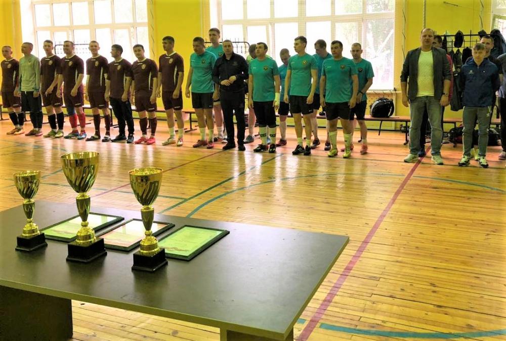 В МЧС России прошли соревнования по мини-футболу