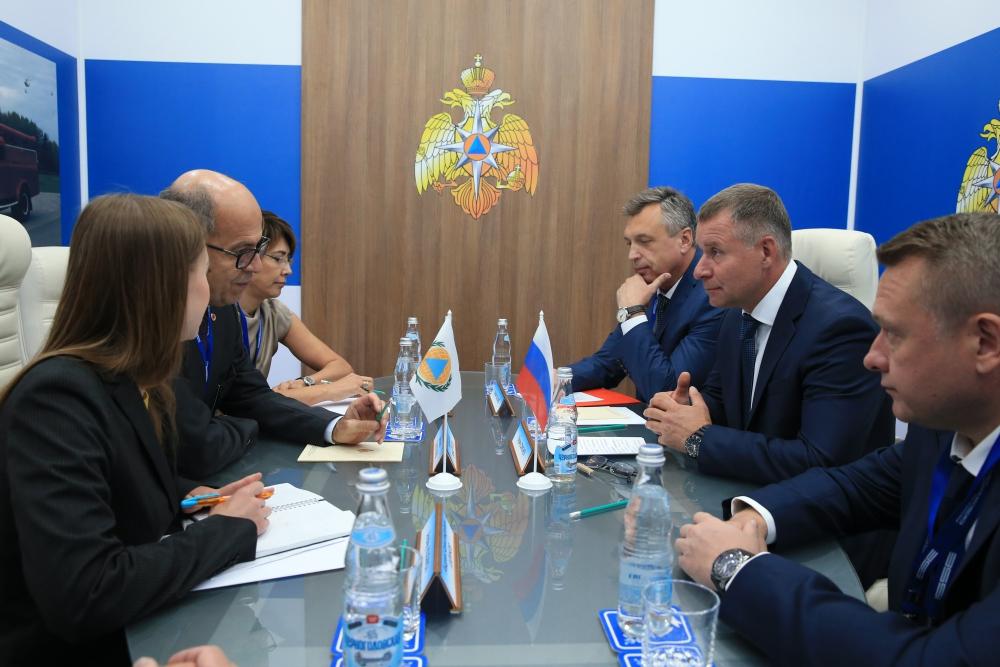 МЧС России и МОГО продолжат развивать и укреплять взаимодействие