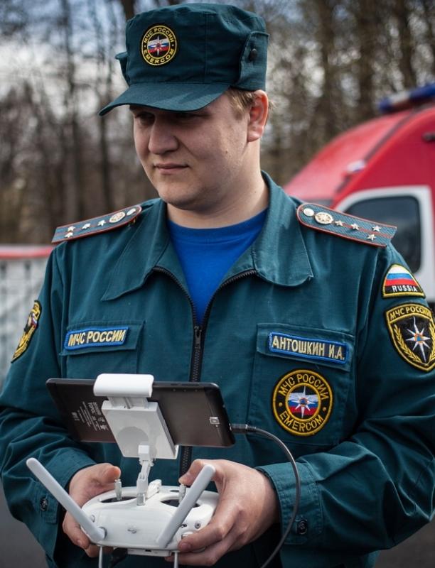 """""""Беспилотные летательные аппараты – незаменимые помощники петербургских спасателей"""""""