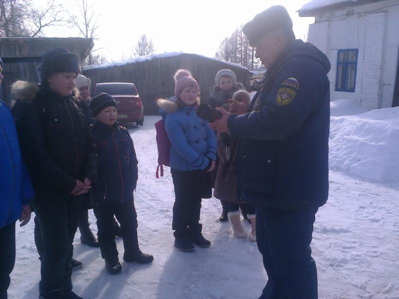 в Год Гражданской обороны День открытых дверей в пожарной части