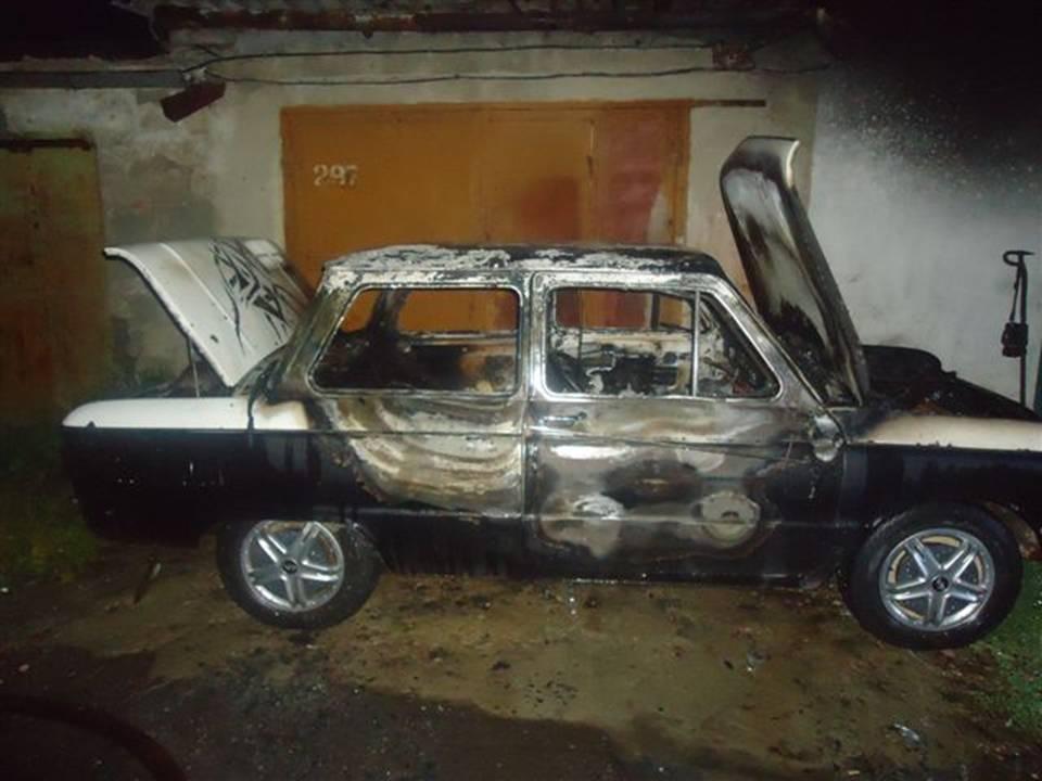 Сгорел автомобиль в Курске