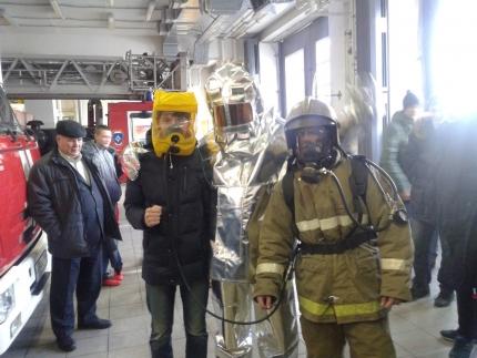 Подмосковные ученики навестили огнеборцев Раменского района