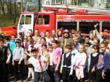 Пожарные ПСЧ-227 Красногорского территориального управления рассказали ребятам о правилах пожарной безопасности