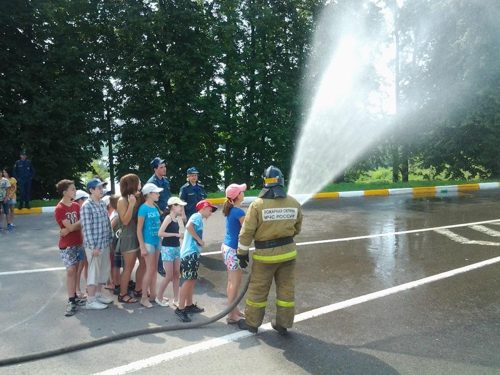 День юного пожарного в лагере «Сатурн»