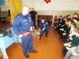 Огнеборцы провели занятие с учащимися средней образовательной школы №42 поселка Всеволодово