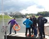 Спасатели ПСО-3 Красногорского территориального управления рассказали детям о правилах безопасного поведения на воде