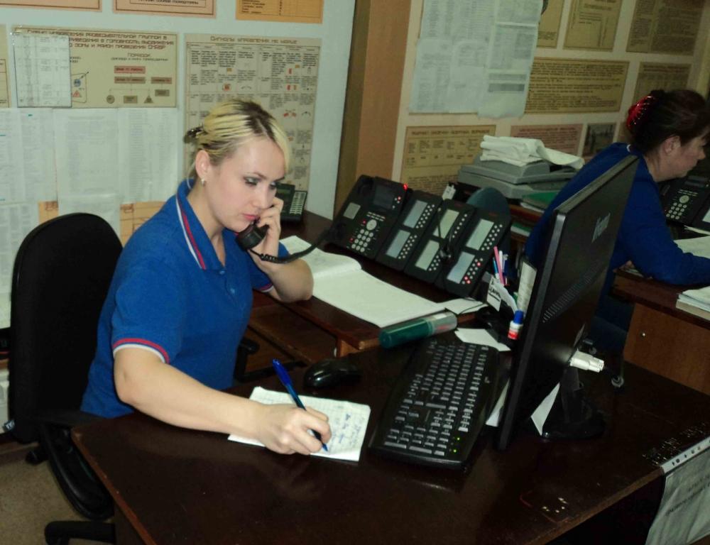 Диспетчера службы спасения поблагодарили за помощь