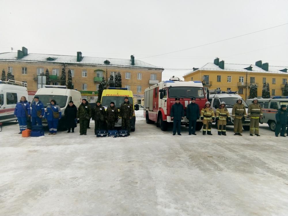 Проведение командно-штабных тренировок с муниципальными образованиями, территории которых подвержены риску подтопления во время половодья