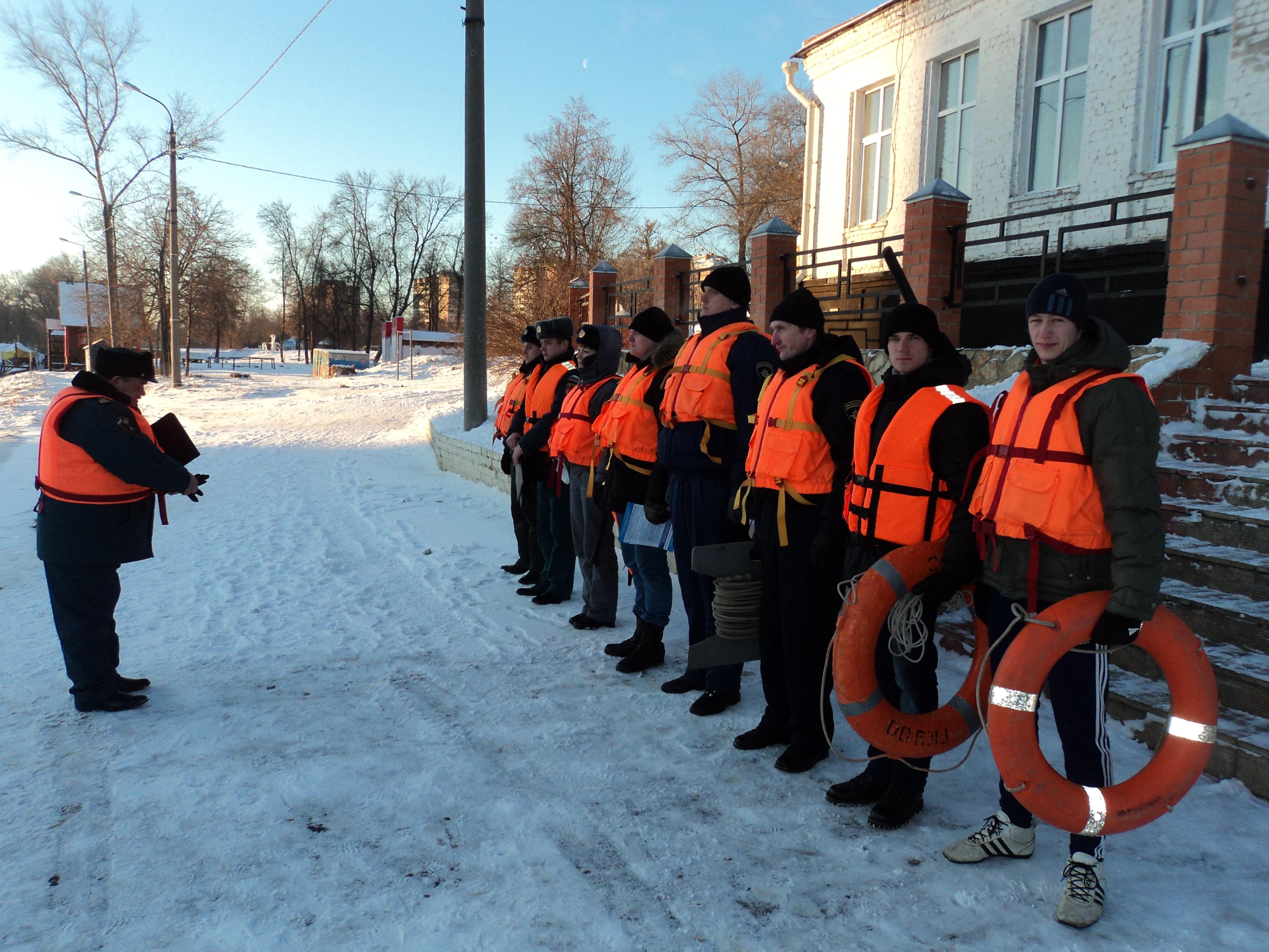 Орловские студенты побывали в профилактическом рейде со спасателями