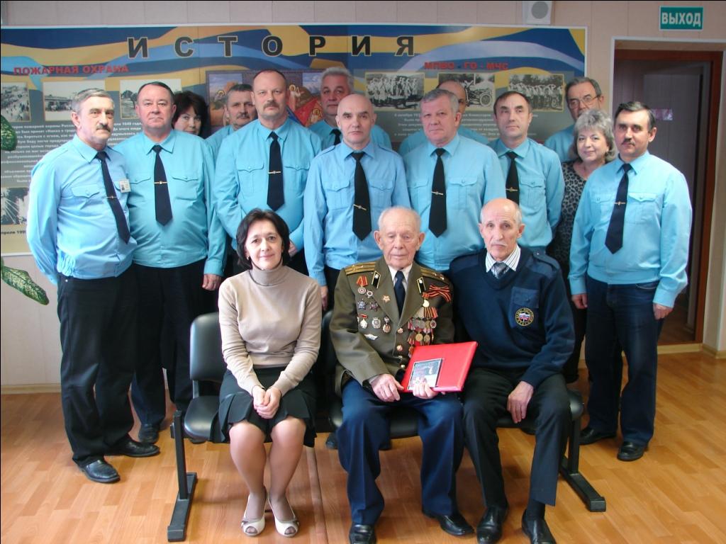 Встреча ветерана гражданской обороны, участника Великой Отечественной войны М.Н. Буданова с преподавателями УМЦ