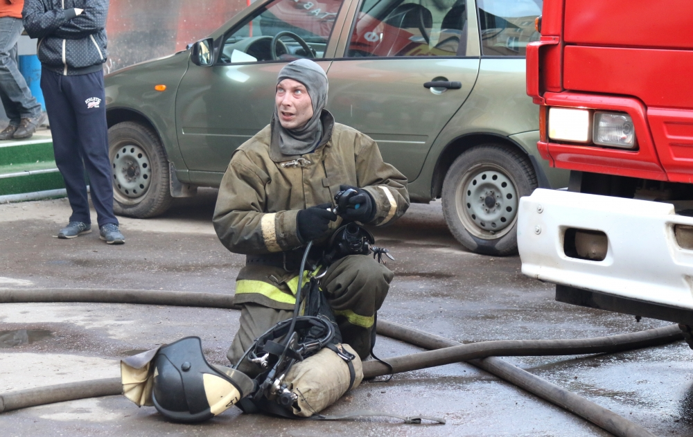 Тушение пожара на улице Интернациональной города Рязани