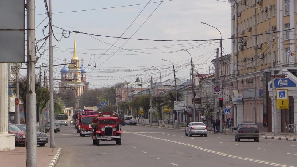 Авто пробег и выставка пожарно-спасательной техники