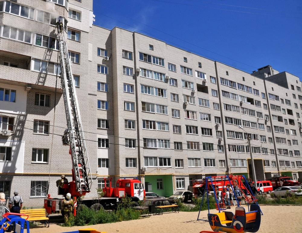 Тушение пожара на улице Большая города Рязани