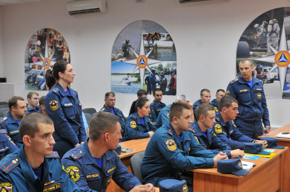 Учебно-методический сбор с выпускниками высших учебных заведений МЧС России и Управления ФСИН России.