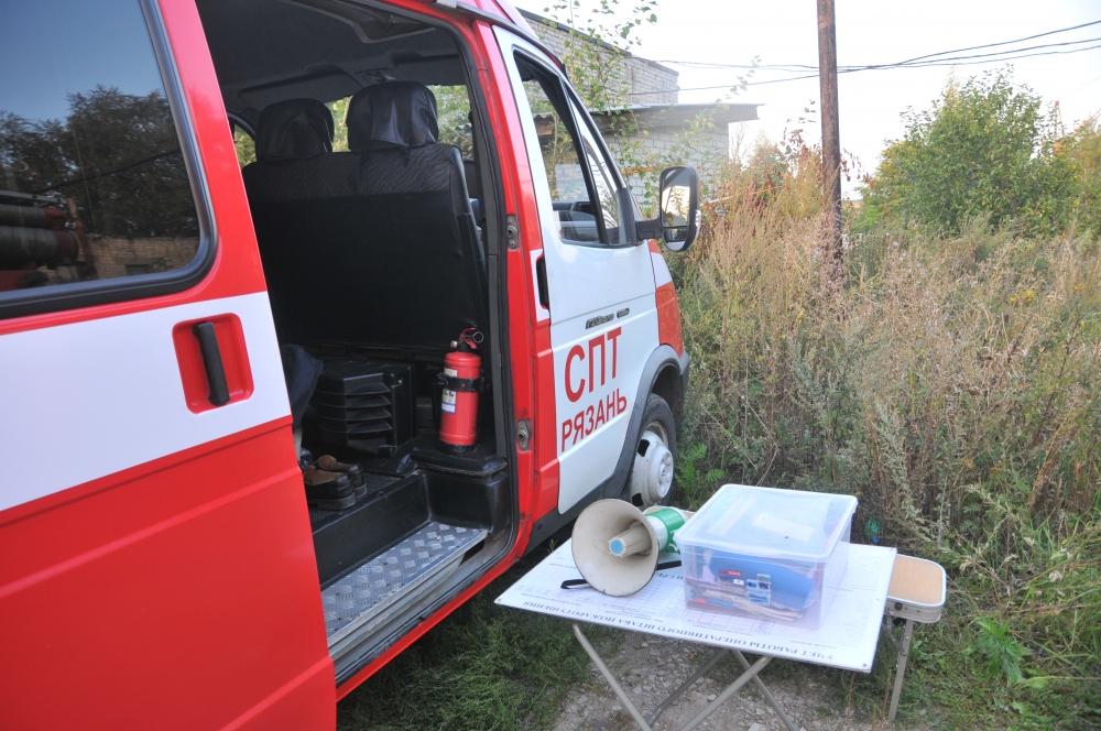 Тушение пожара в поселке Карцево города Рязани