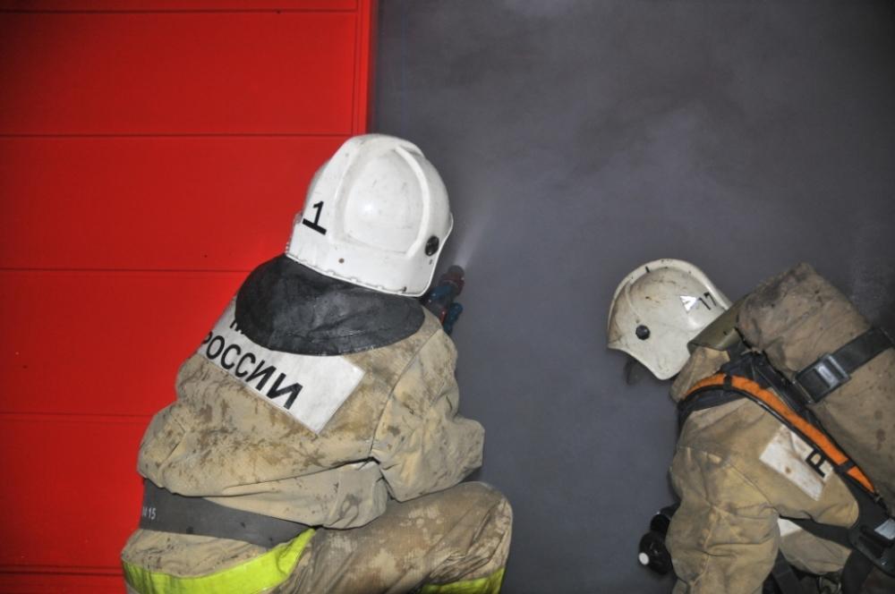 Тушение пожара на автомойке города Рязани