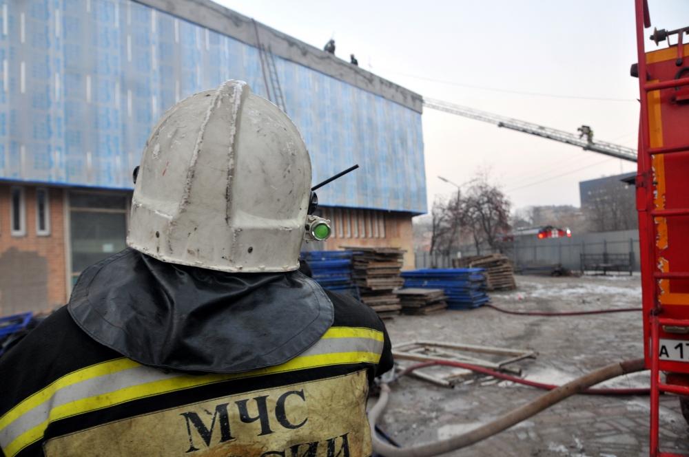 Тушение пожара на куполе Рязанского цирка