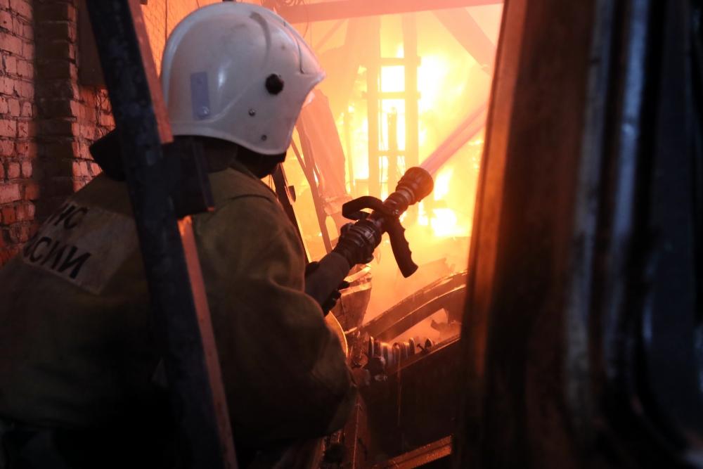 Тушение складского помещения в городе Рязани