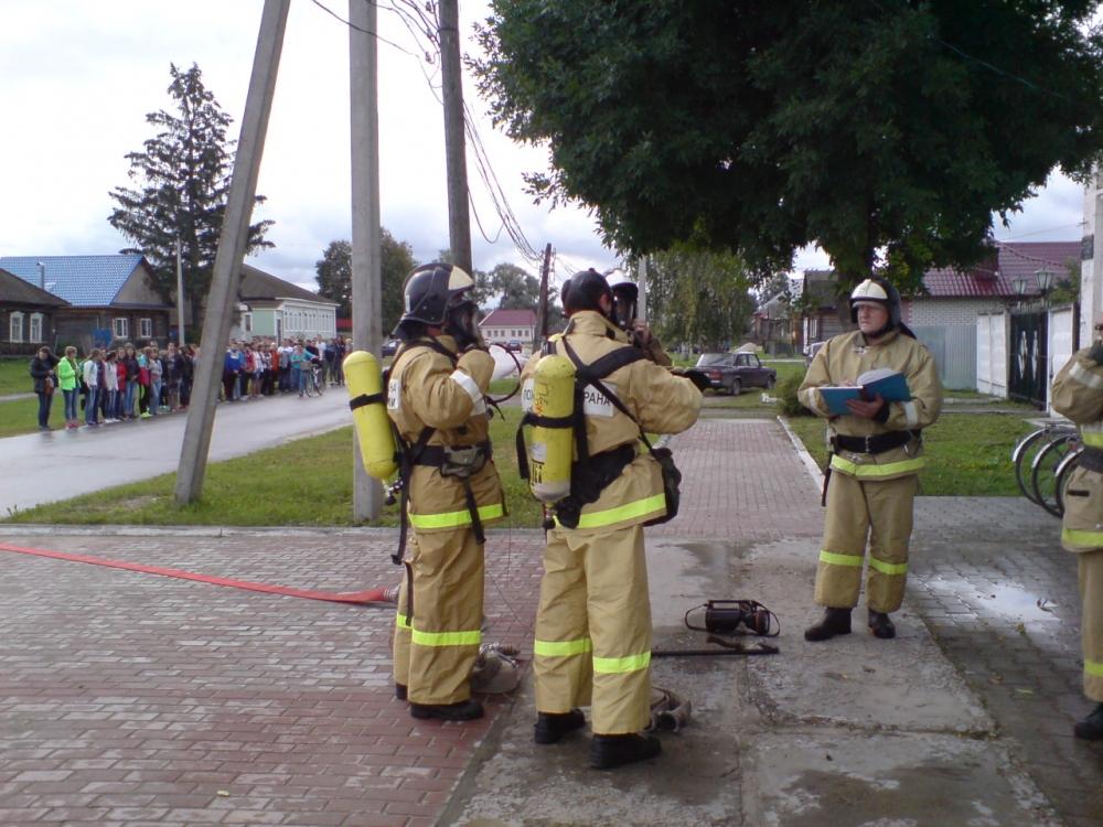 В рамках Года пожарной охраны в МЧС России в Рязанской области прошли тренировки по эвакуации