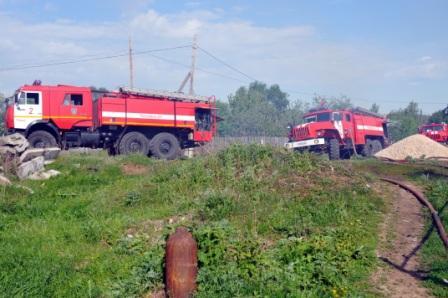 Тушение пожара в деревне Грачи Рязанского района