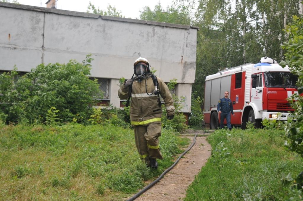 Ликвидация пожара в квартире на улице Керамзавода
