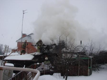 Ликвидация пожара хозяйственной постройки в поселке Борки города Рязани