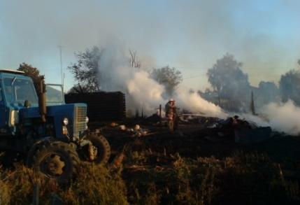 Пожарные-добровольцы помогли остановить распространение огня