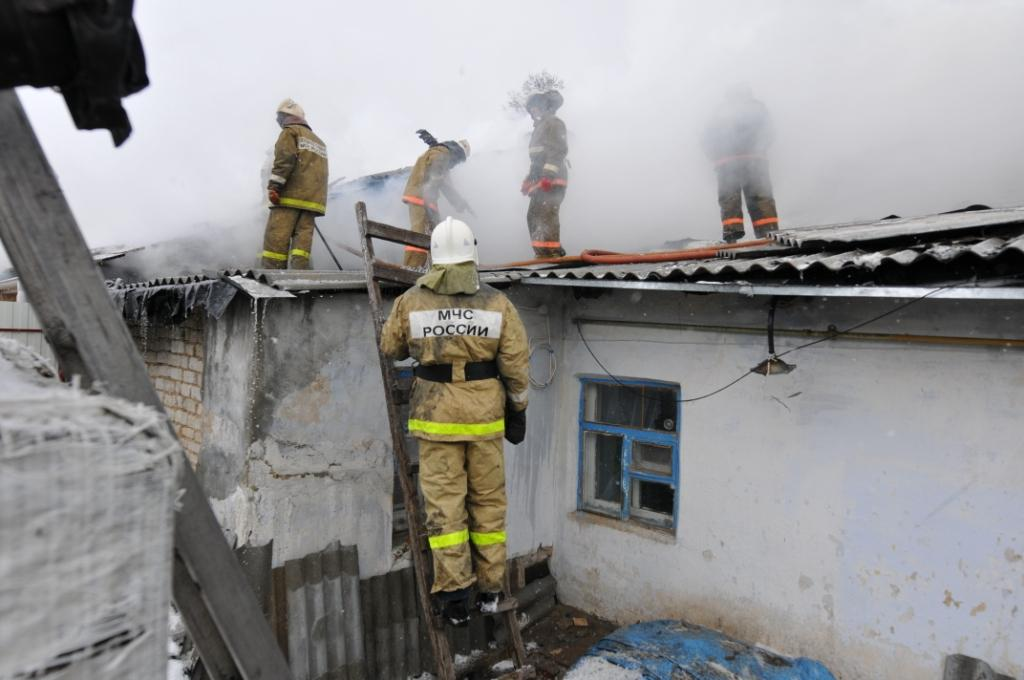 Тушение пожара в селе Реткино Рязанского района