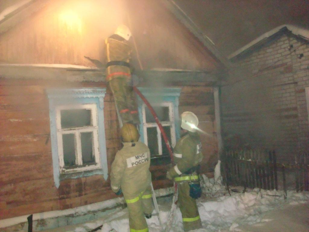 Тушение пожара в поселке Борки города Рязани