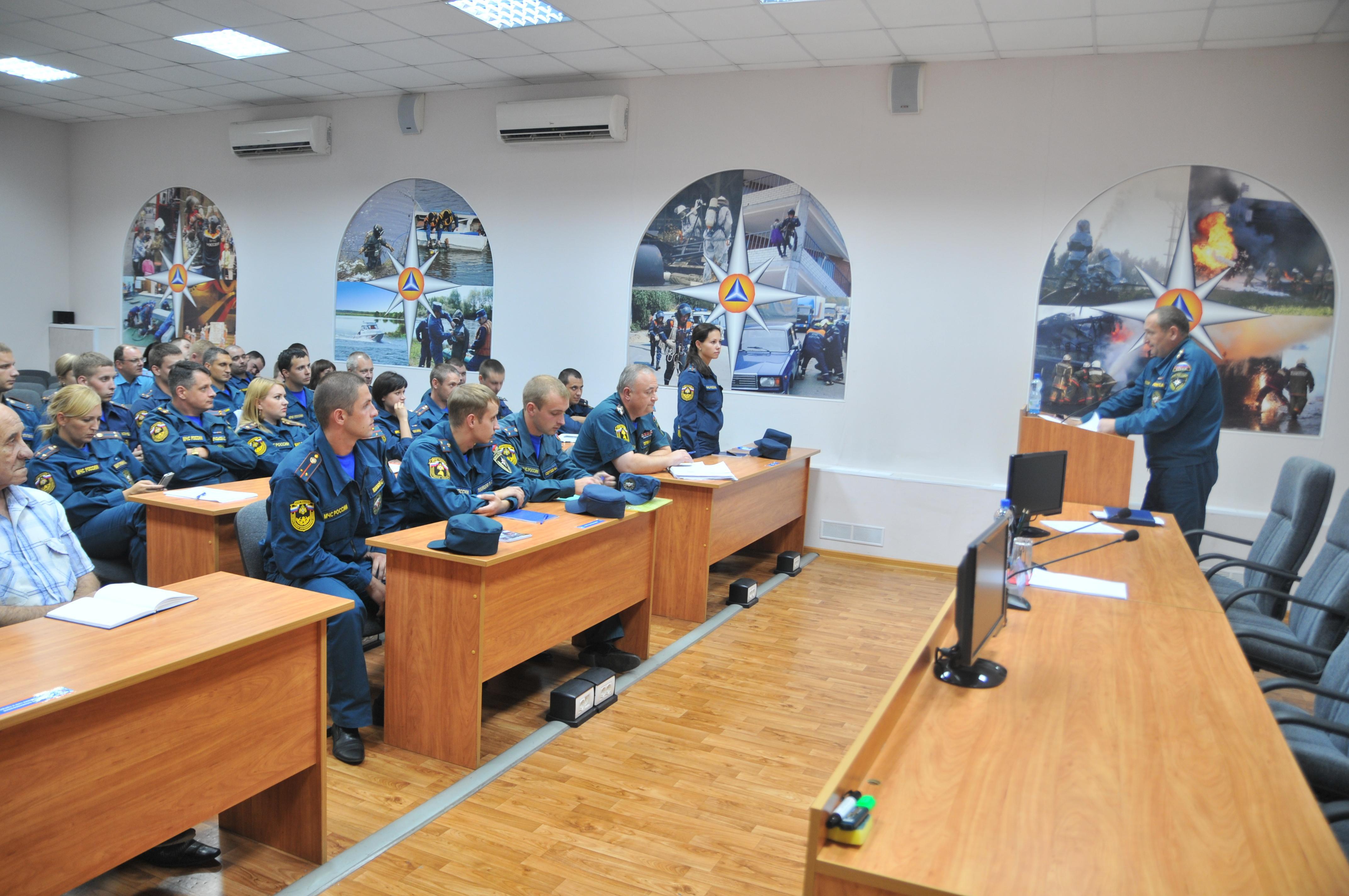 Учебно-методические сборы с выпускниками учебных заведений Государственной противопожарной службы МЧС России и Управления ФСИН