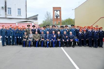 В связи 367-ой годовщиной образования пожарной охраны России в ГУ МЧС России по Рязанской области чествовали действующих сотрудников и ветеранов пожарной охраны