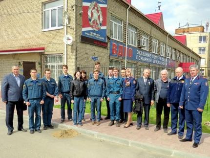 (3.05.2018) В Смоленском ВДПО высажена Аллея добровольцев