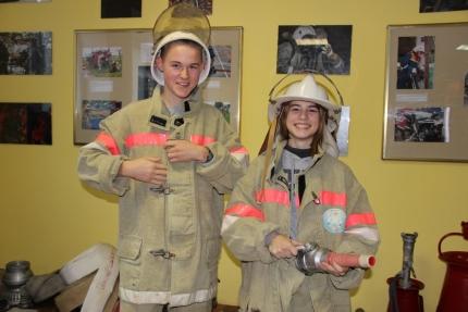 Будущим пожарным традиционную лекцию заменили увлекательной экскурсией