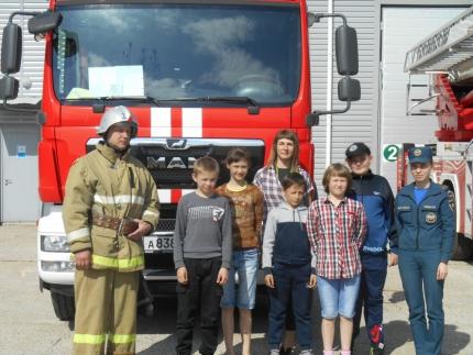 (16.05.19) Полезная экскурсия в пожарную часть