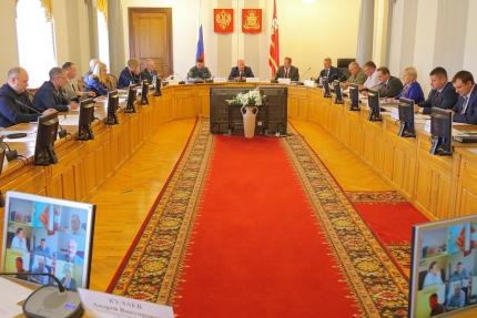 На заседании областной чрезвычайной комиссии обсудили ход проверки и приемки избирательных участков