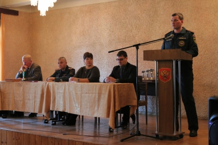 В городе Вязьме подвели итоги работы по предупреждению чрезвычайных ситуаций  (7.02.2017)