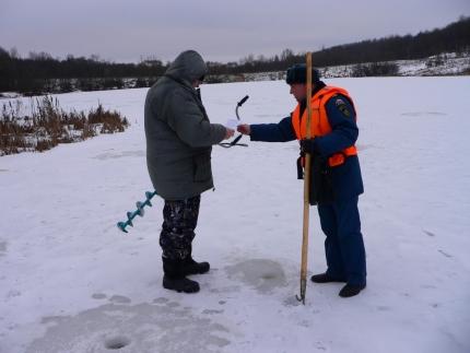"""Акция """"Безопасный лёд"""" на водоёмах региона"""
