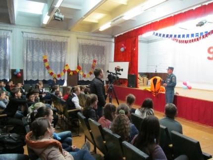 Открытый урок с инспекторами ГИМС МЧС России (26.05.2017)
