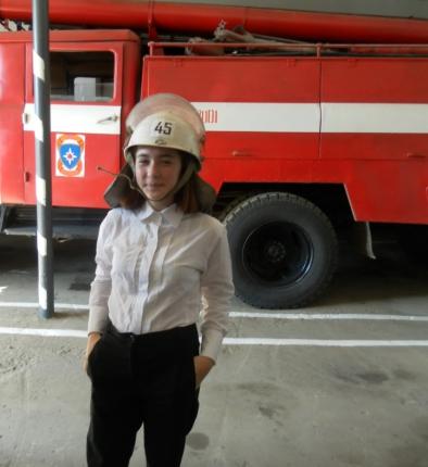 (09.09.19) Школьники в гостях у пожарных