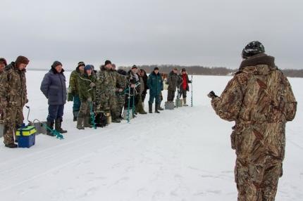 (26.01.19) Специалисты обеспечат безопасность соревнований по подледному лову рыбы
