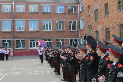 Последний звонок в Смоленском фельдмаршала Кутузова кадетском корпусе (25.05.2017)