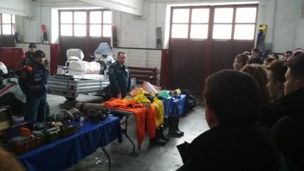 (07.08.19) Урок безопасности во 2 специализированной пожарно-спасательной части города Смоленска