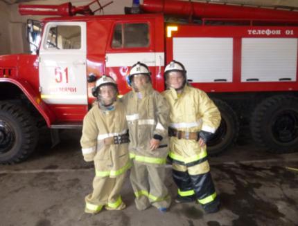 Пожарному делу учиться – вперед пригодится!