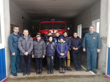 (08.12.18) О профессиональных и добровольных пожарных
