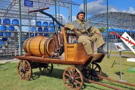 (08.06.2018) Насосно-бочечный конный ход от Смоленской области принял участие в «Комплексной безопасности - 2018»