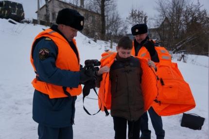 В наших руках безопасность детей у воды зимой (26.02.2017)