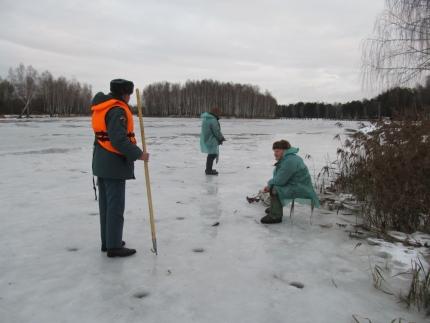 Инспекторы ГИМС напоминают о соблюдении правил безопасности при выходе на лед (24.02.2017)
