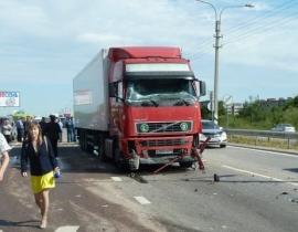 Огнеборцы приняли участие в ликвидации последствий дорожно-транспортного происшествия