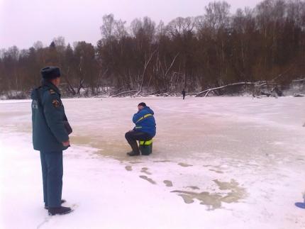 Особое внимание вопросам безопасности в период становления льда